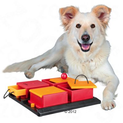 Trixie Dog Activity Poker Box